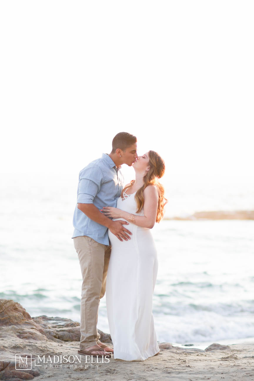 Heisler Park Laguna Beach, Aaron and Lauren Maternity Session