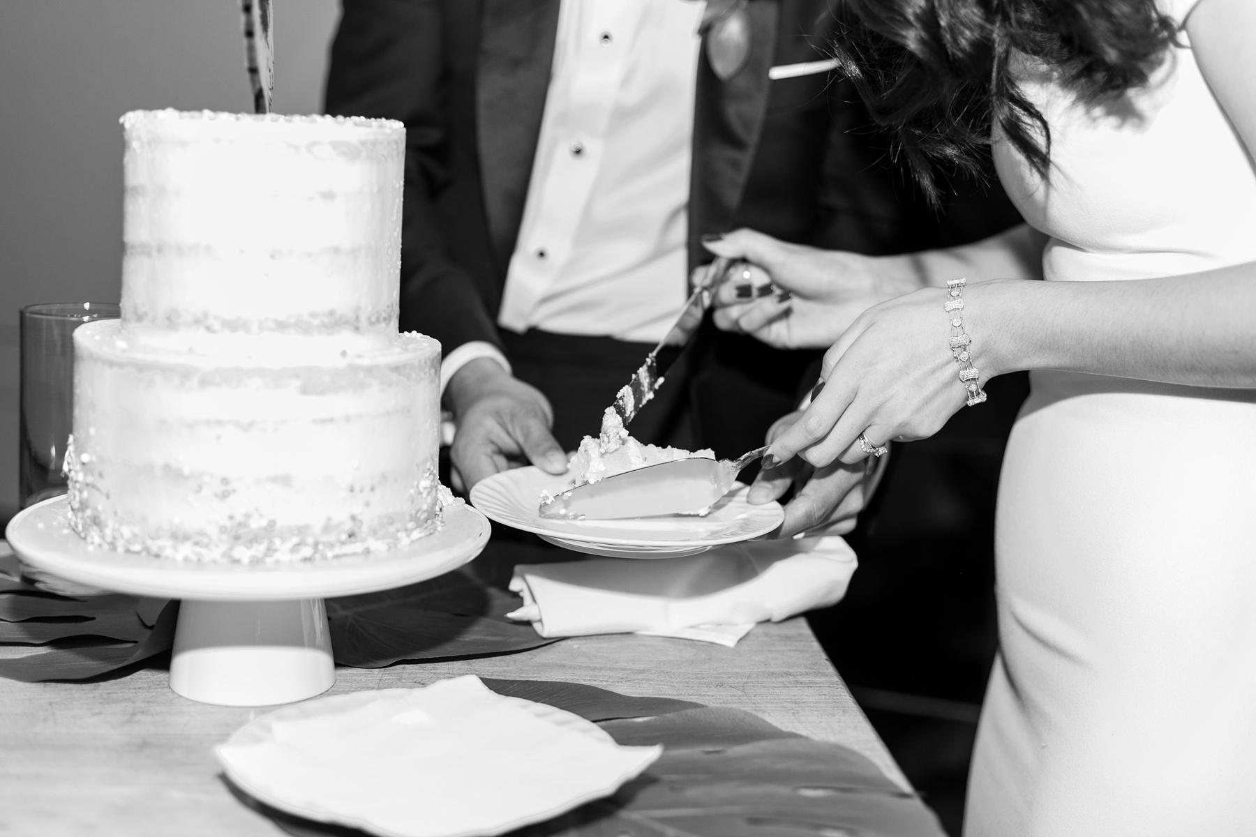 Urban DTLA Wedding at Millwick By Wedding Photographer Madison Ellis (23)