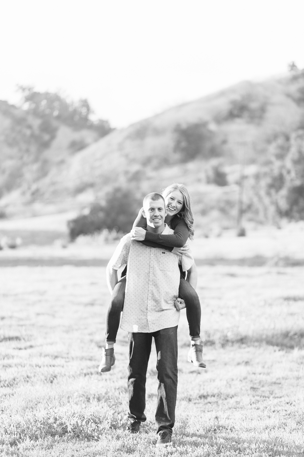 Open Field Engagement Session Near Los Angeles (37)