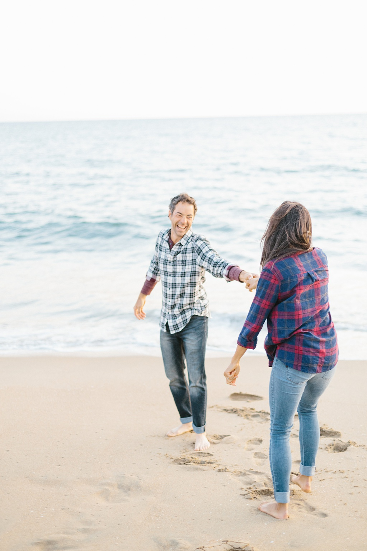 A fun & romantic engagement session at Balboa Island Newport Beach by wedding photographer Madison Ellis. (32)