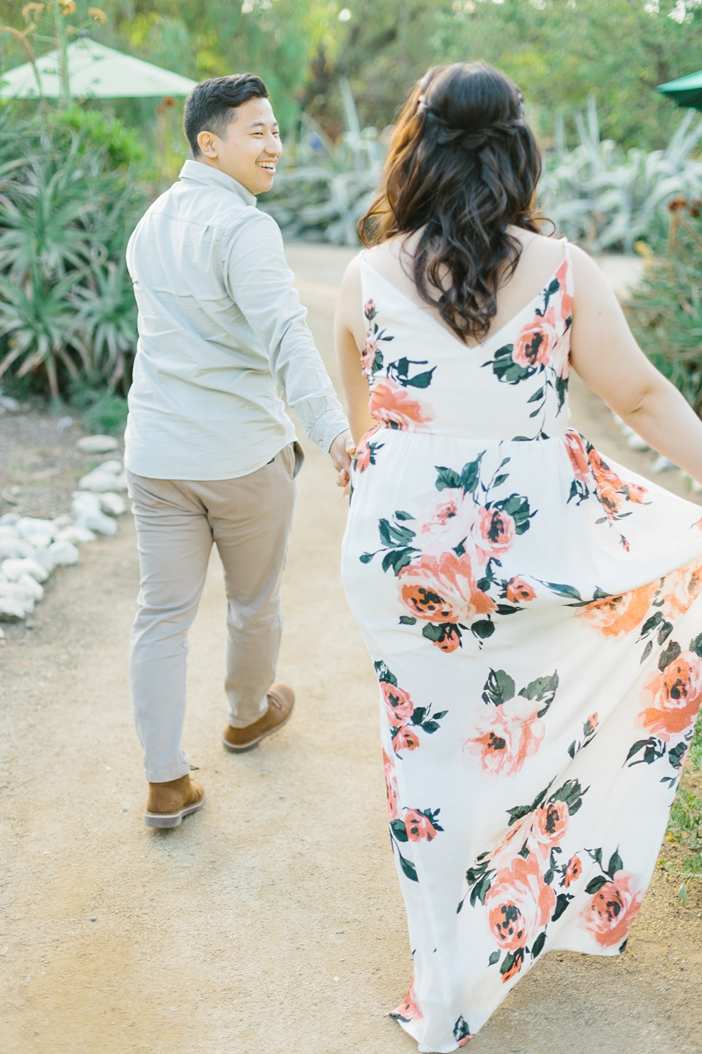 Organic floral inspired spring engagement session at Arlington Gardens Pasadena by wedding photographer Madison Ellis. (65)