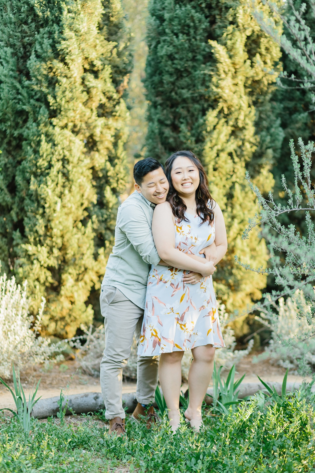 Organic floral inspired spring engagement session at Arlington Gardens Pasadena by wedding photographer Madison Ellis. (40)