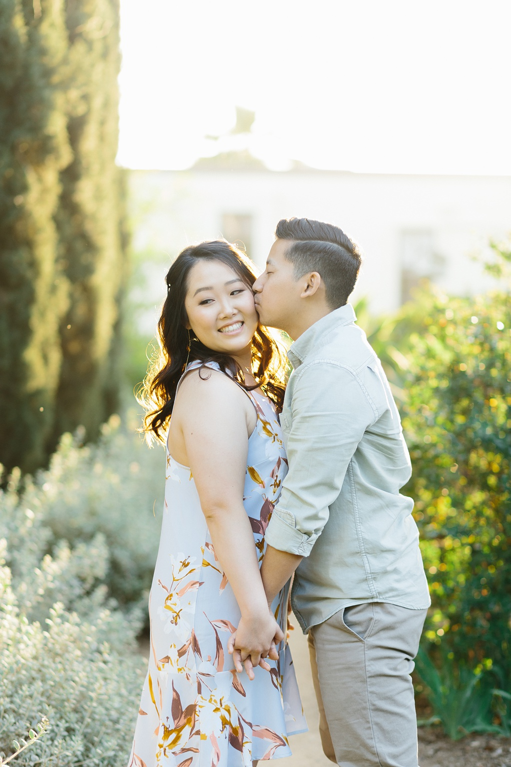 Organic floral inspired spring engagement session at Arlington Gardens Pasadena by wedding photographer Madison Ellis. (36)