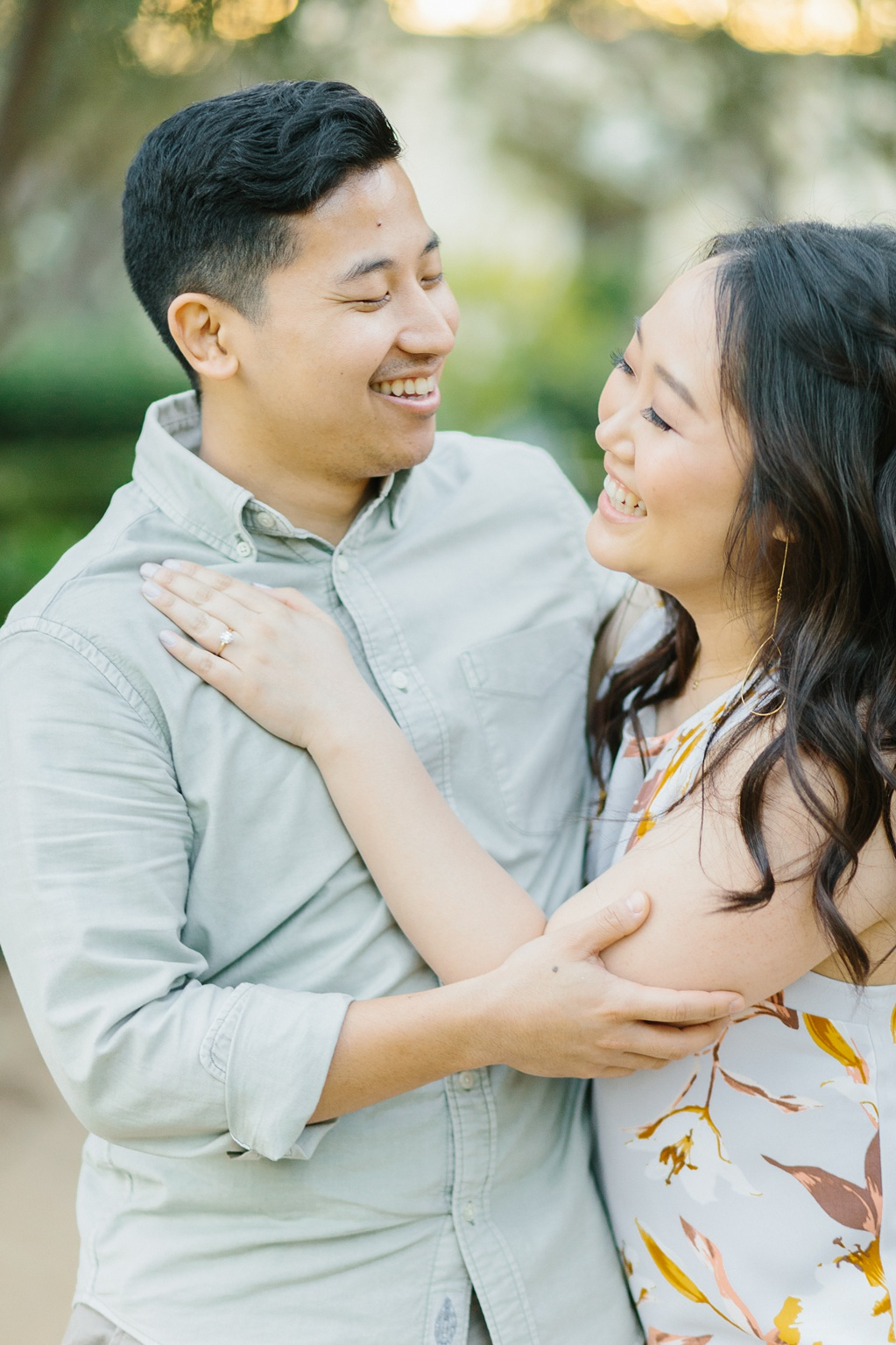 Organic floral inspired spring engagement session at Arlington Gardens Pasadena by wedding photographer Madison Ellis. (17)