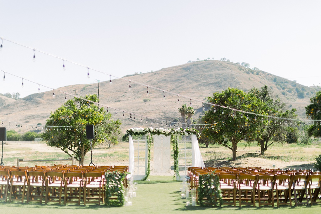 An Organic Floral Inspired Summer Wedding in the open fields of Hamilton Oaks, San Juan Capistrano by Wedding Photographer Madison Ellis (23)