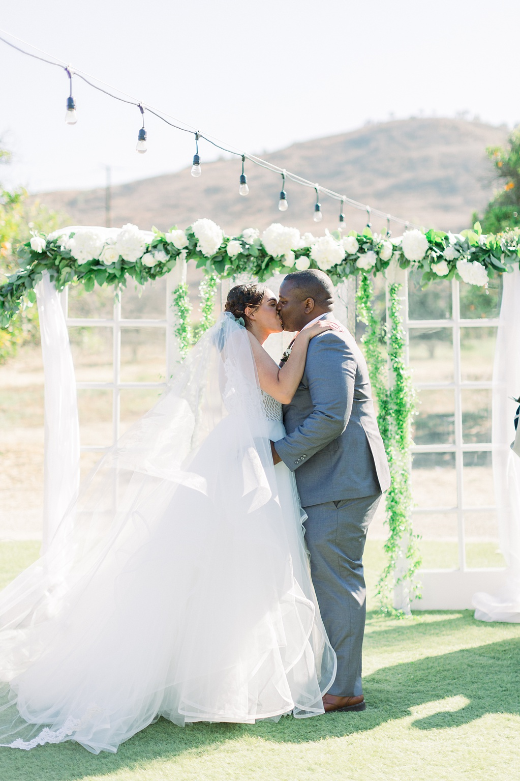 An Organic Floral Inspired Summer Wedding in the open fields of Hamilton Oaks, San Juan Capistrano by Wedding Photographer Madison Ellis (9)