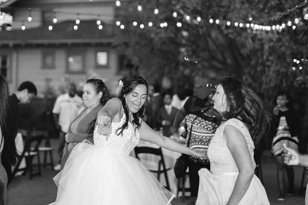 An Organic Floral Inspired Summer Wedding in the open fields of Hamilton Oaks, San Juan Capistrano by Wedding Photographer Madison Ellis (4)