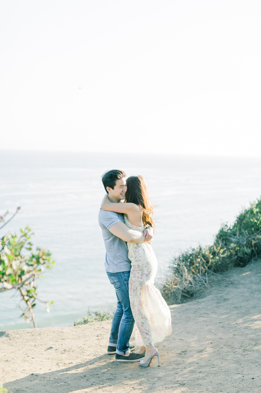A classic California beach engagement session in Malibu by natural light wedding photographer, Madison Ellis Photography. (41)