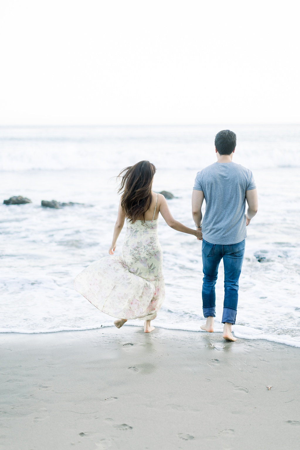 A classic California beach engagement session in Malibu by natural light wedding photographer, Madison Ellis Photography. (8)
