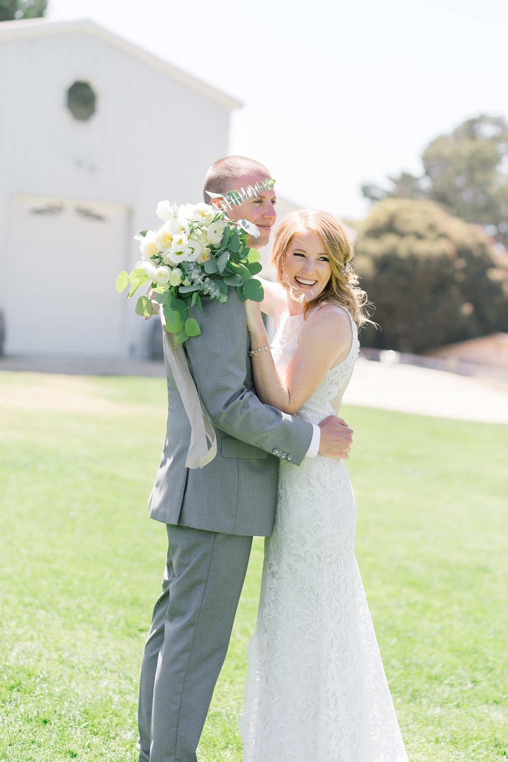 White Barn Inspired Summer Wedding In The Valley of Arroyo Grande, California by Wedding Photographer Madison Ellis (38)