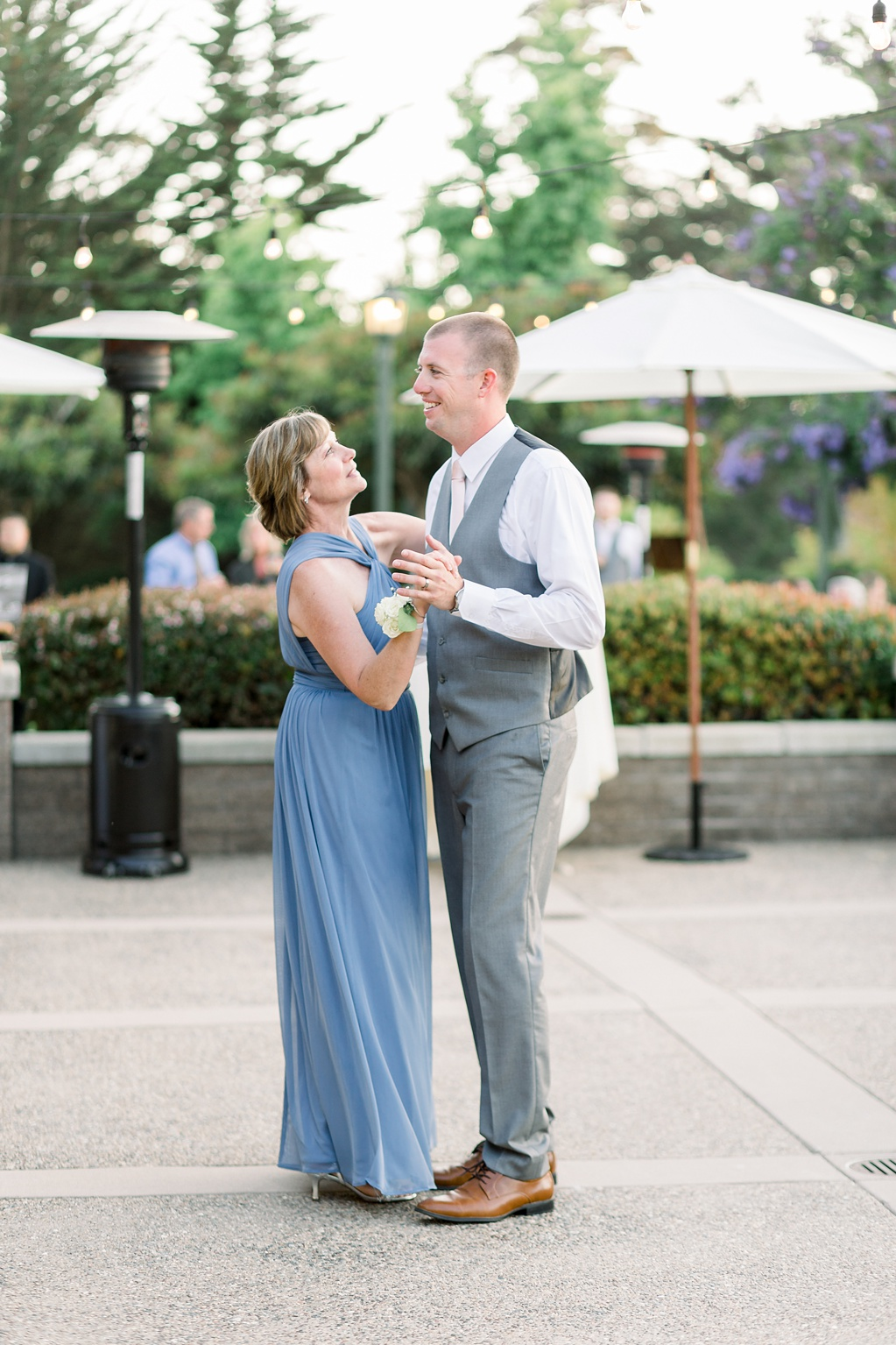 White Barn Inspired Summer Wedding In The Valley of Arroyo Grande, California by Wedding Photographer Madison Ellis. (33)