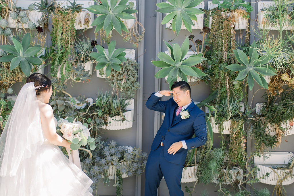 Urban garden wedding at the colony house by natural light photographer madison ellis photography (98)
