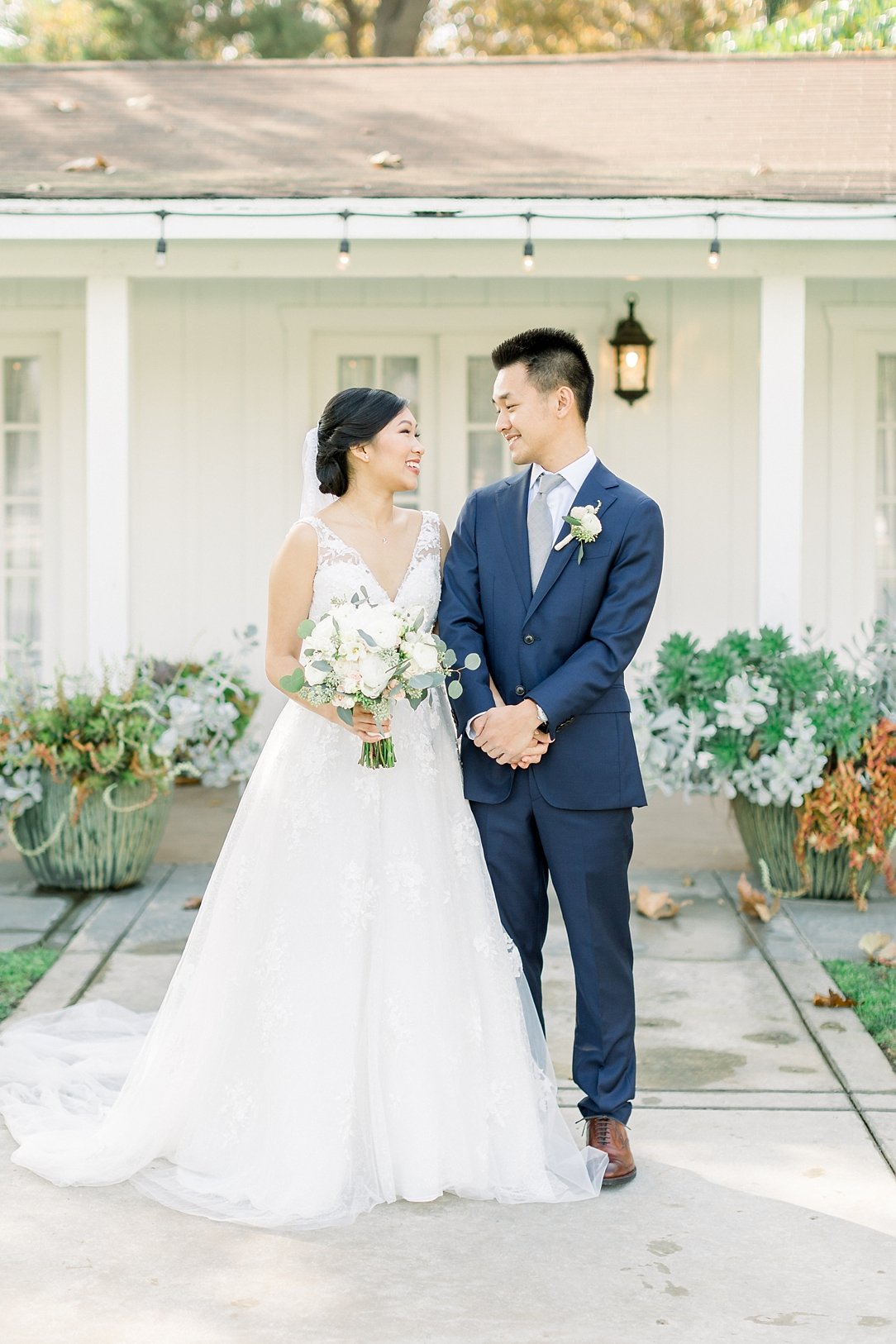 A Periwinkle Blue Inspired Wedding At Calamigos Equestrian In Burbank By Natural Light Photographer Madison Ellis. (64)