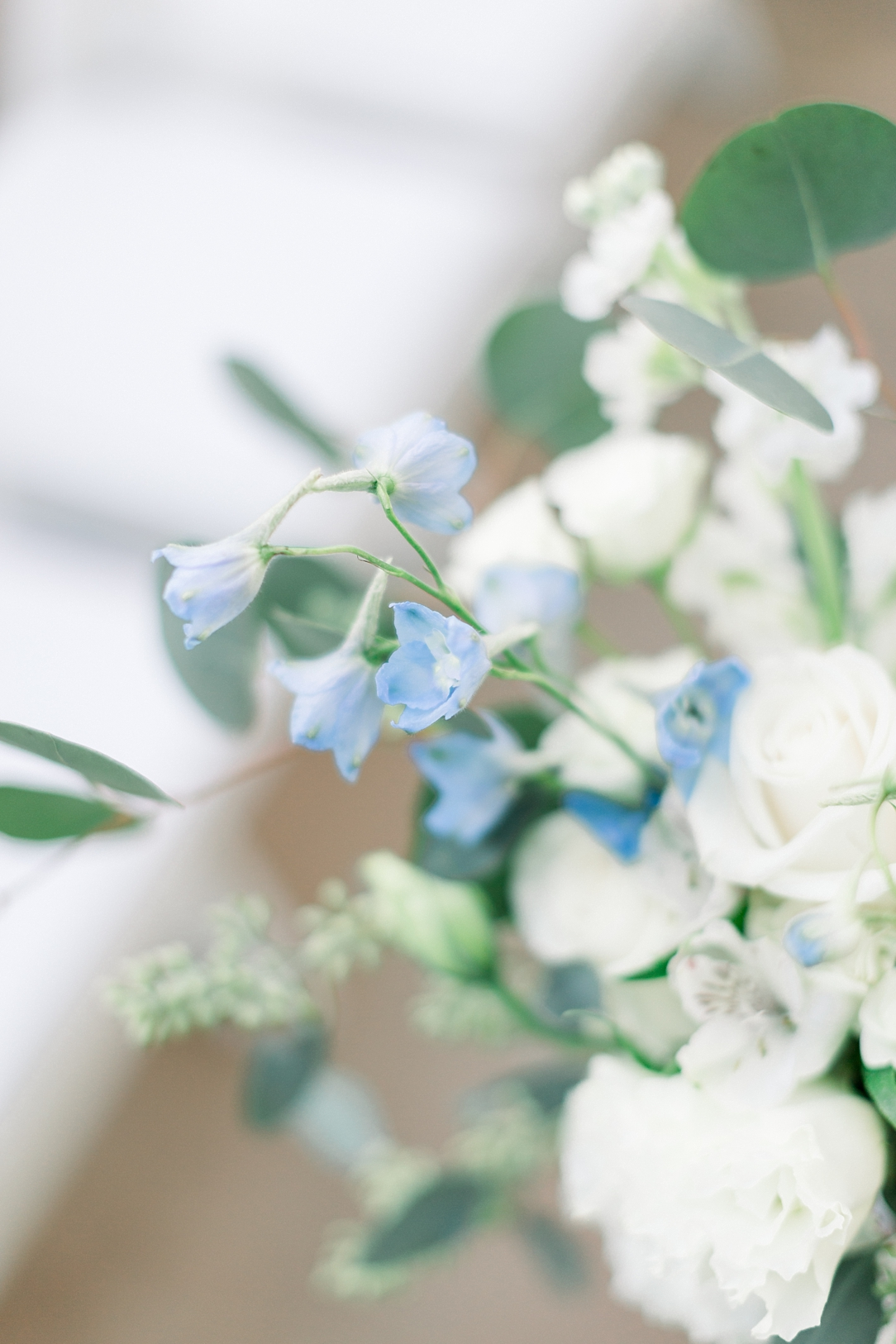 A Periwinkle Blue Inspired Wedding At Calamigos Equestrian In Burbank By Natural Light Photographer Madison Ellis. (32)