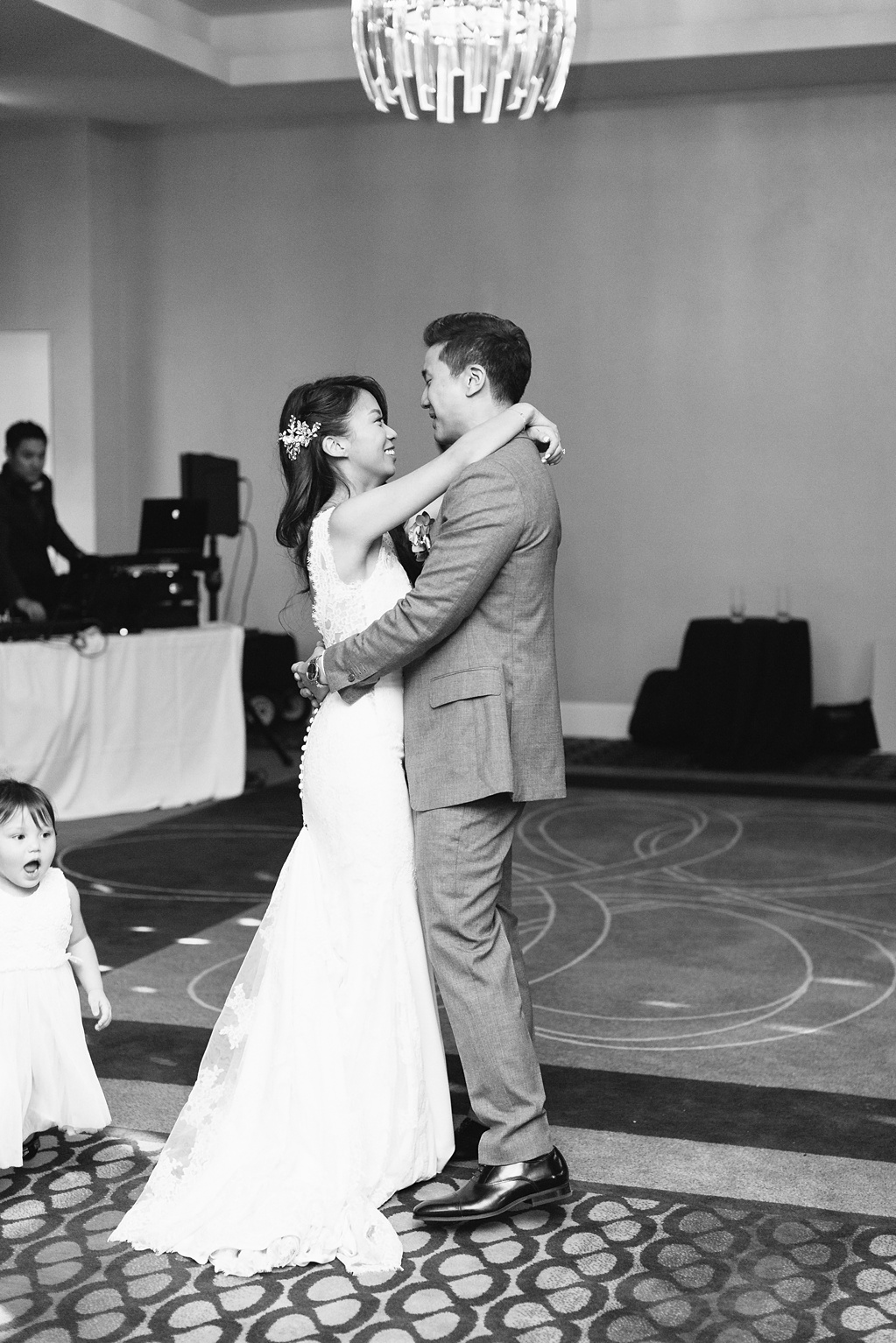 Le Meridien Hotel Wedding In Santa Monica By Madison Ellis Photography (20)