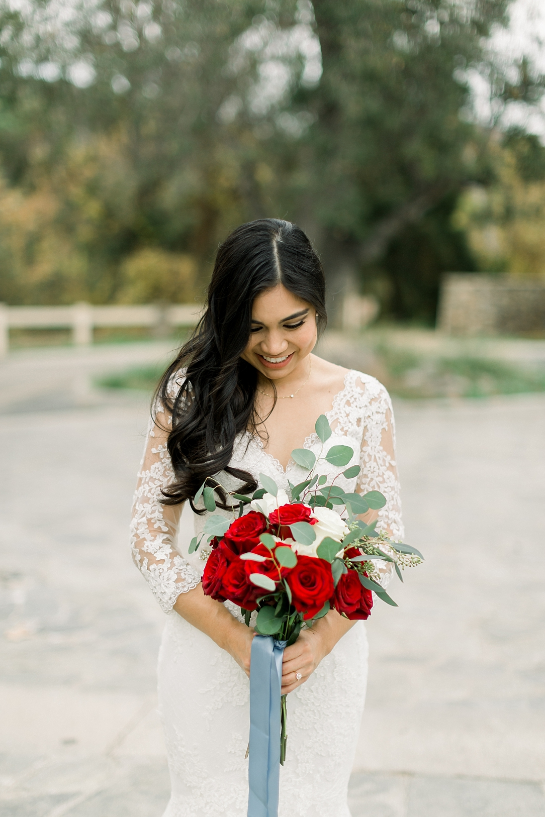 A Vintage Inspired Wedding At Santiago Oaks Regional Park And The Vintage Rose By Natural Light Photographer Madison Ellis Photography. (56)