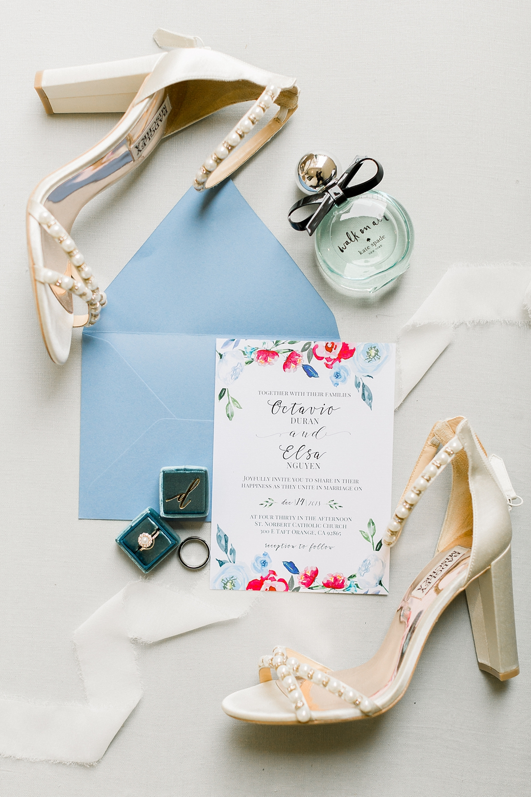 A Vintage Inspired Wedding At Santiago Oaks Regional Park And The Vintage Rose By Natural Light Photographer Madison Ellis Photography. (11)