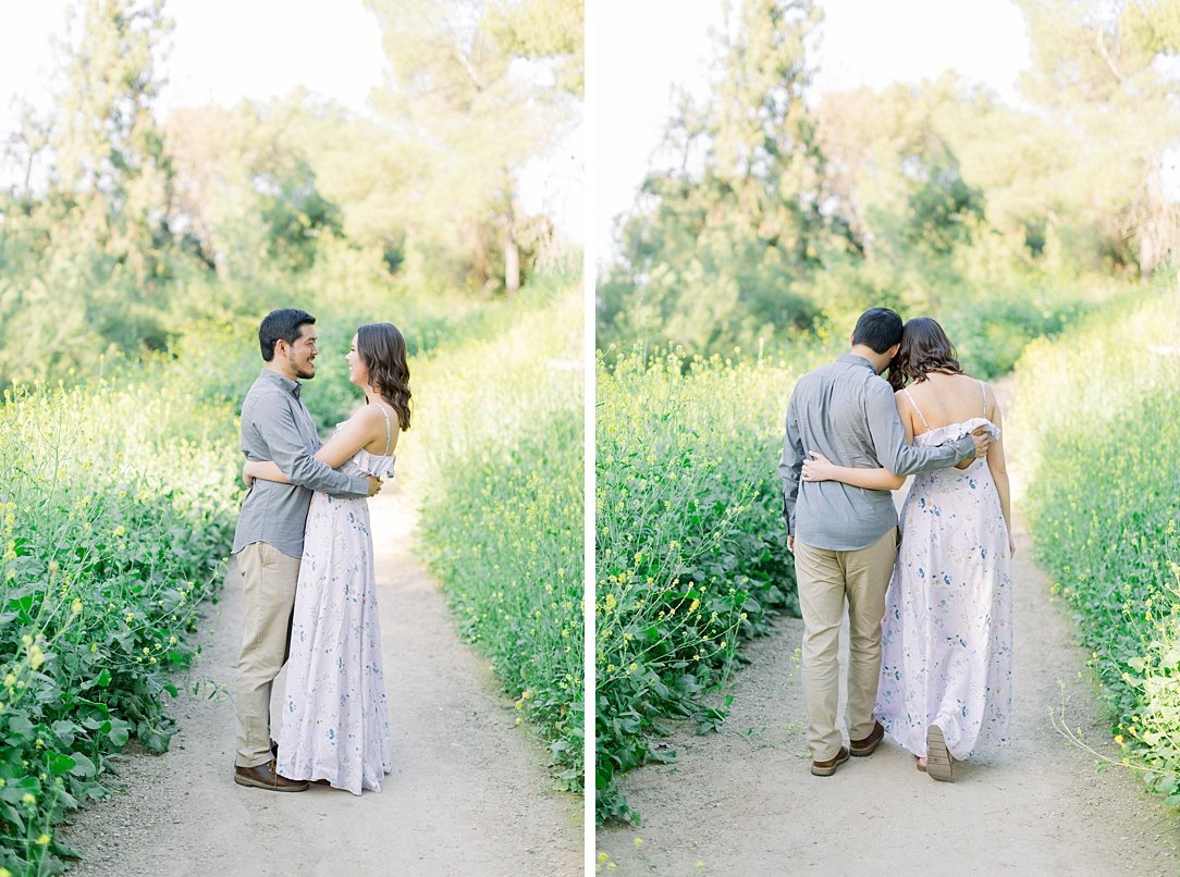 Spring wildflowers engagement session at Bonelli Park by Madison Ellis Photography (30)