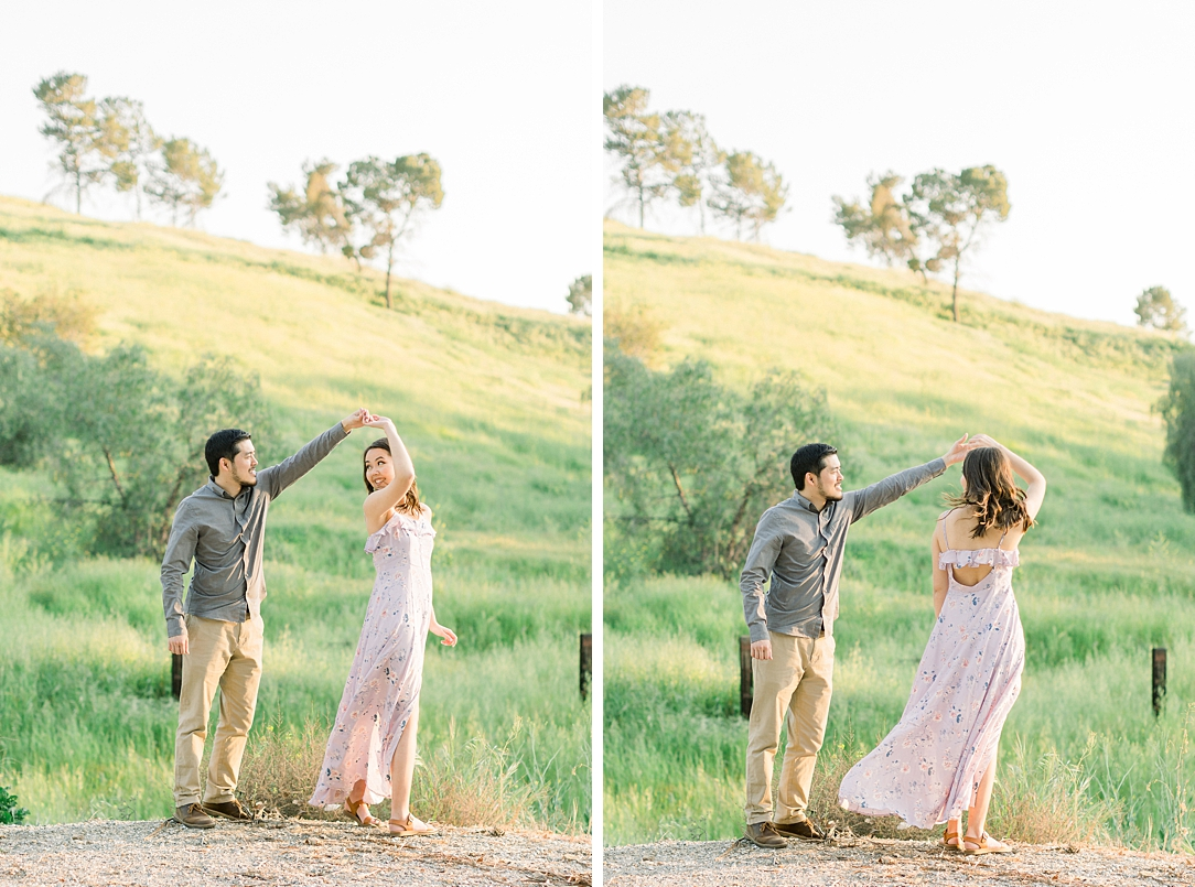 Spring wildflowers engagement session at Bonelli Park by Madison Ellis Photography (24)
