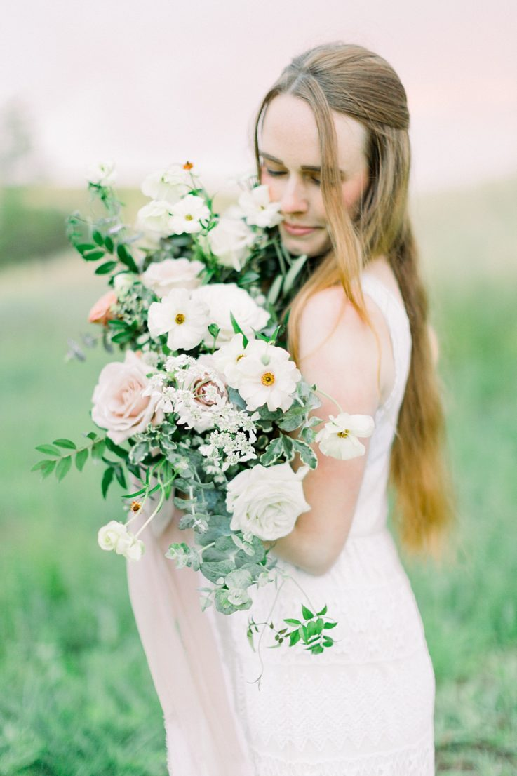 Wildflower inspired spring shoot by Madison Ellis Photography and Olive and Blooms (7)
