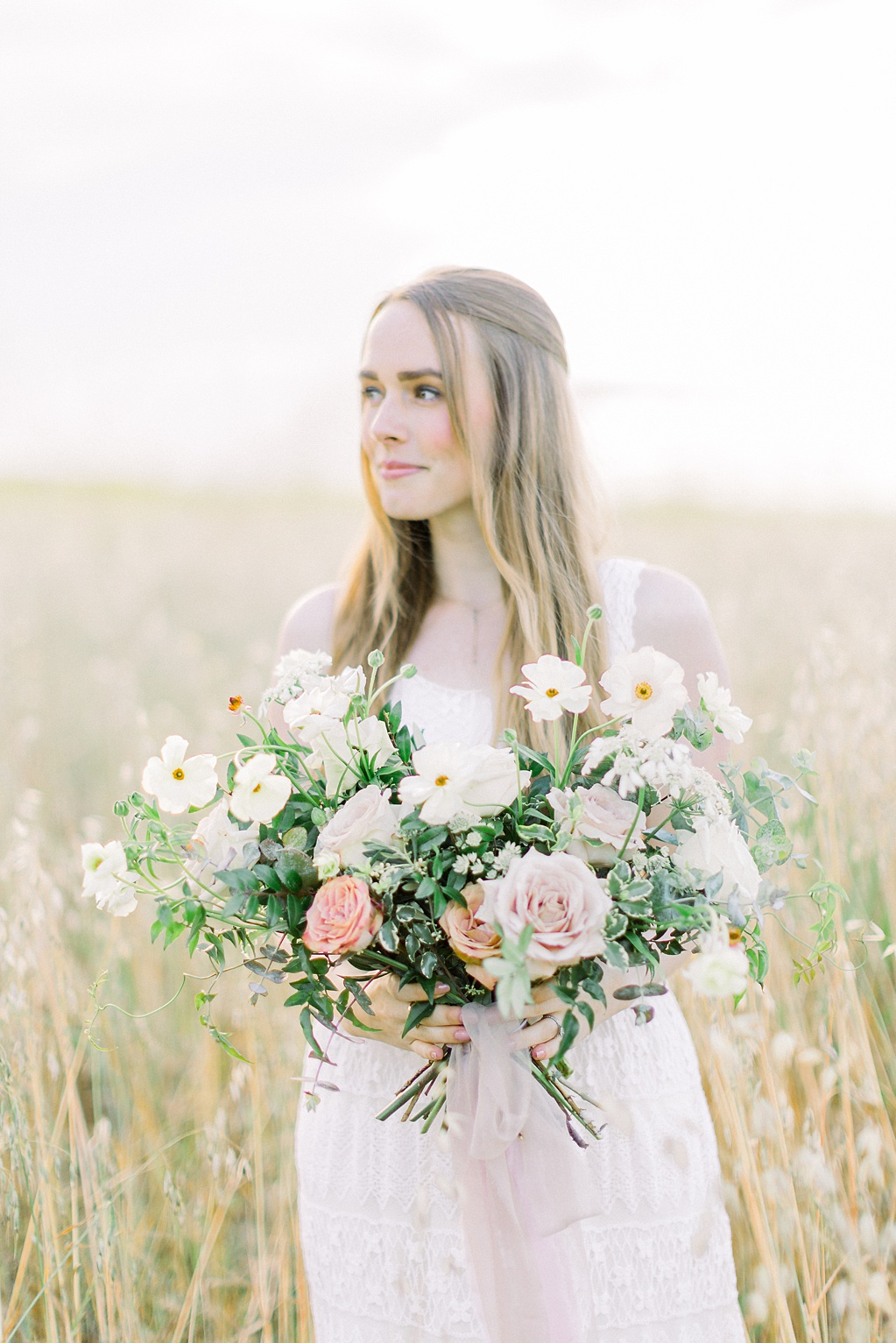 Wildflower inspired spring shoot by Madison Ellis Photography and Olive and Blooms (2)
