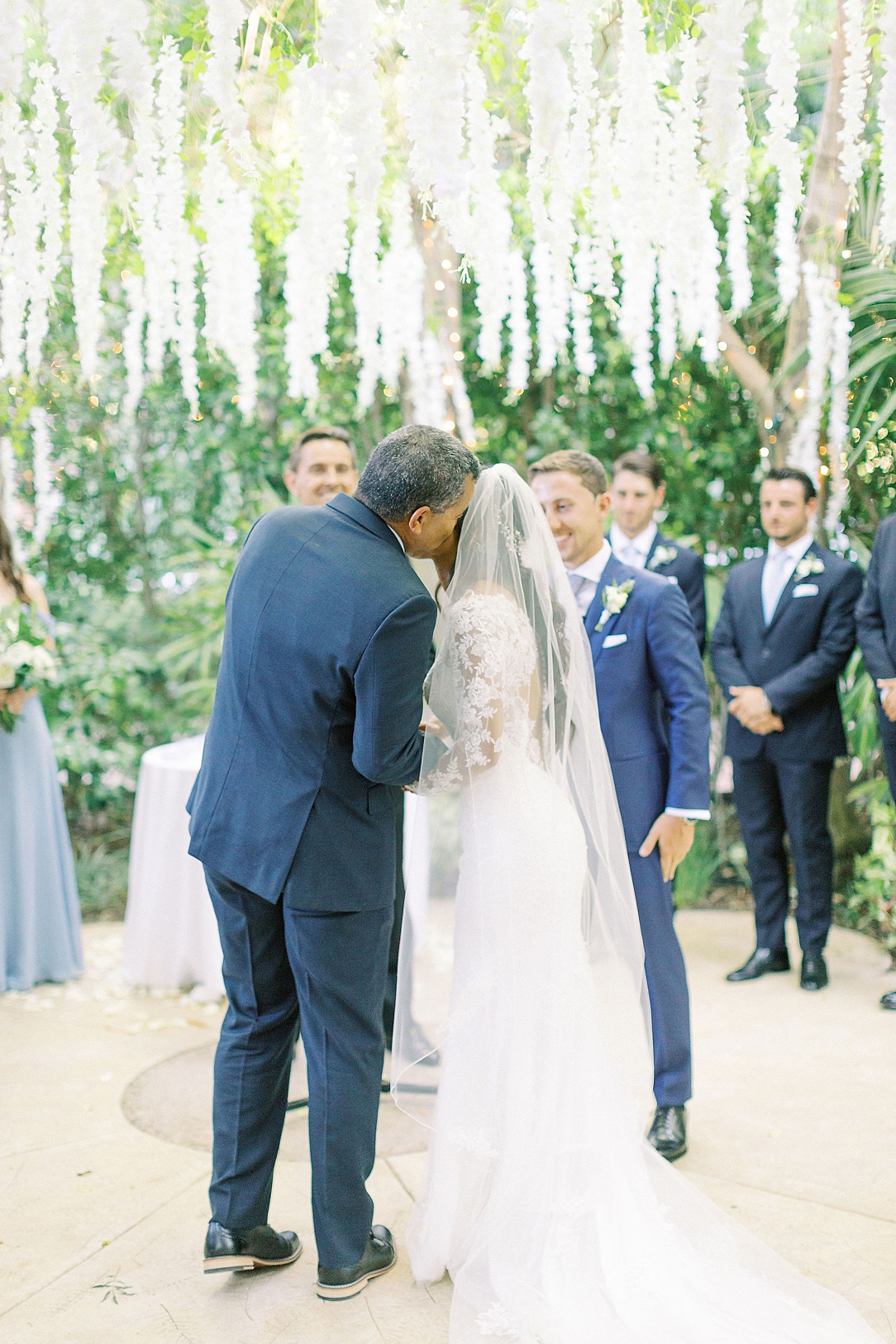 An Organic Floral Inspired Summer Wedding in the gardens of Hartley Botanica Somis by Wedding Photographer Madison Ellis (66)