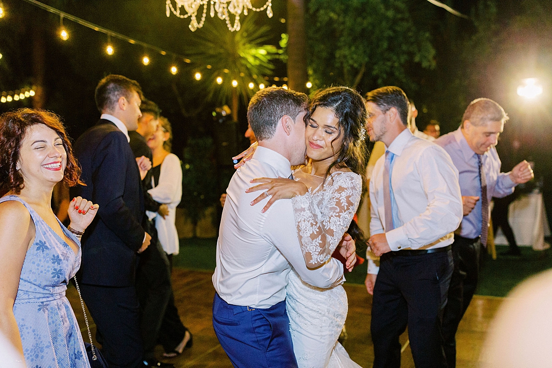 An Organic Floral Inspired Summer Wedding in the gardens of Hartley Botanica Somis by Wedding Photographer Madison Ellis (15)