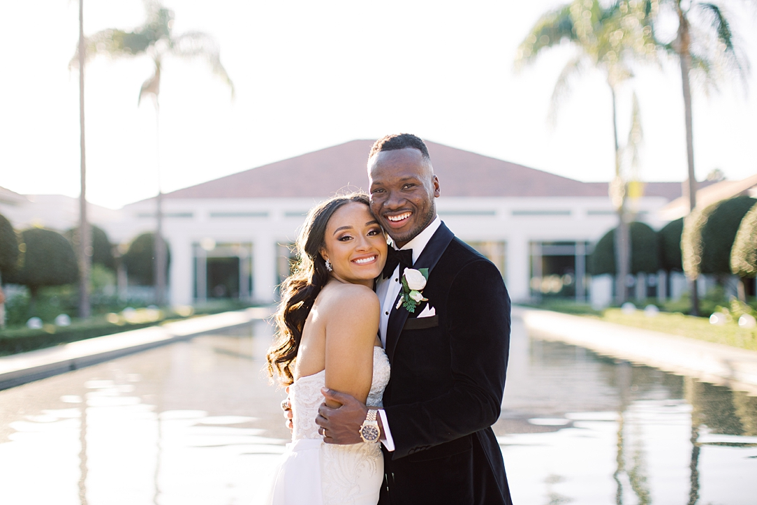 A modern luxurious African inspired fall wedding, in the Richard Nixon Library garden, Yorba Linda by wedding photographer Madison Ellis (2)