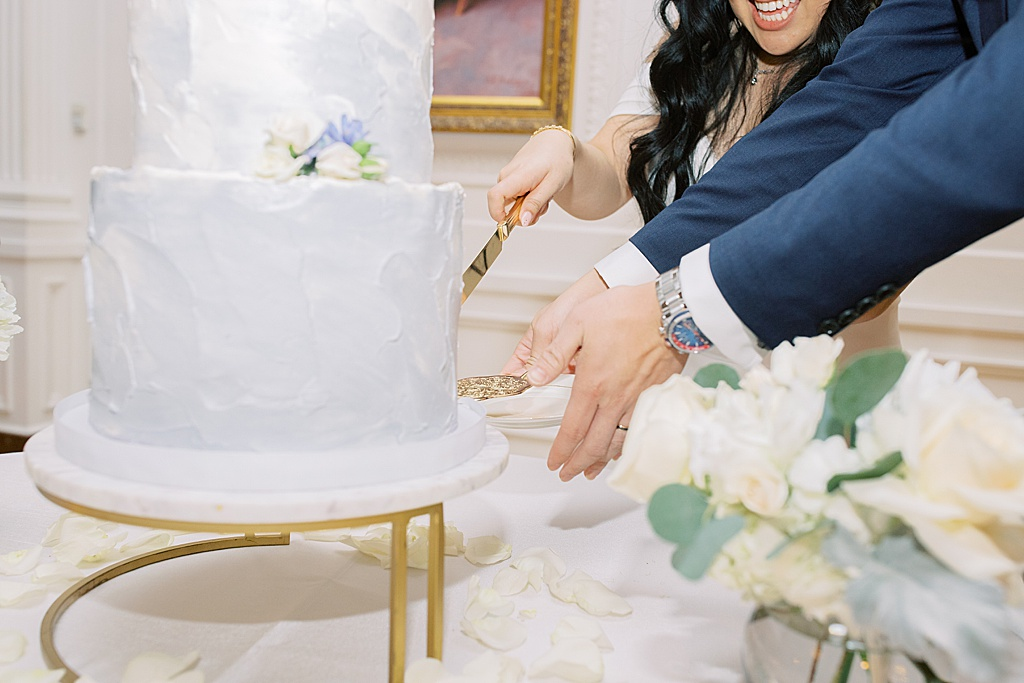 A dusty blue film-inspired wedding at the Richard Nixon Library by Madison Ellis Photography (22)